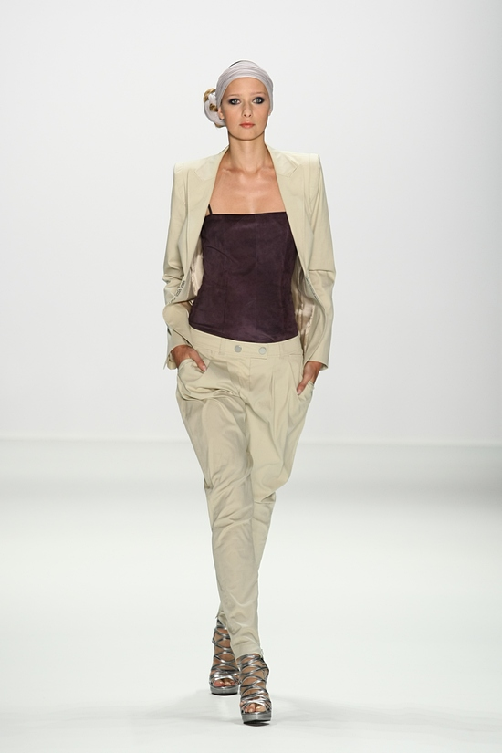 """Laurèl - """"DRESS TO THE BEAT"""" – SS11"""