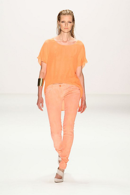 Lala Berlin – Orange – SS11