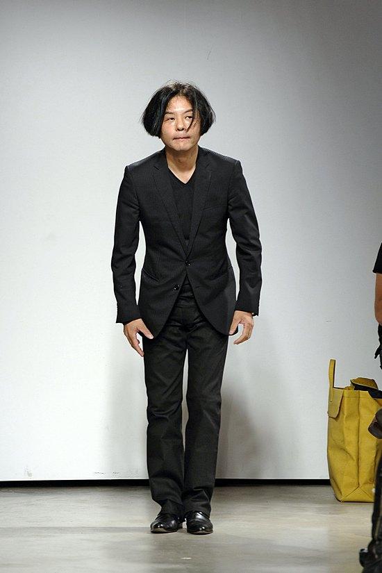 Atsuro Tayama - Défilé Printemps Eté 2012