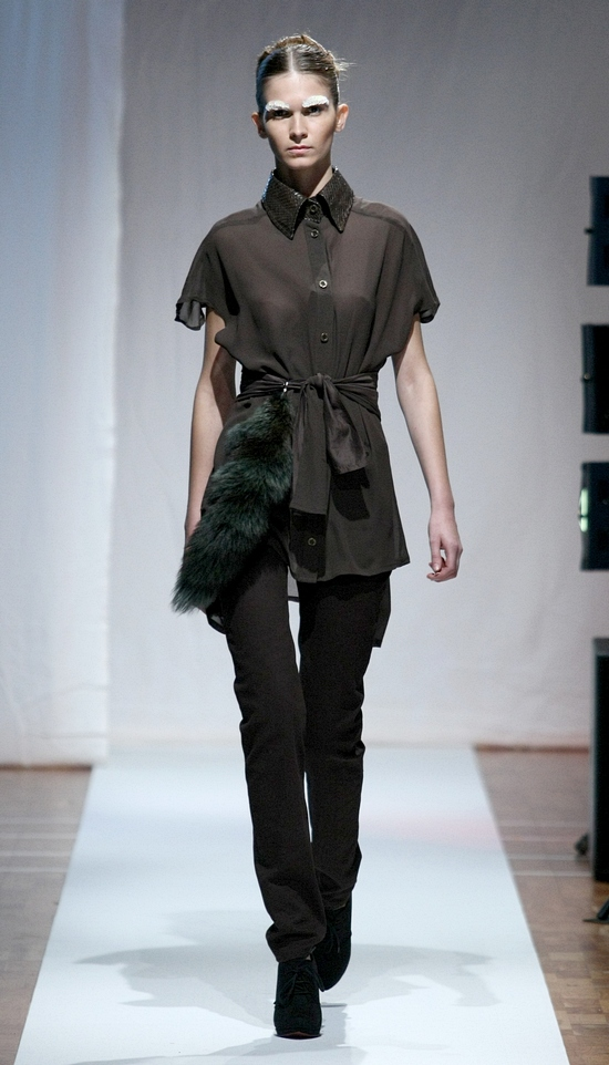 N2TF - NOSE TO TAIL FEATHERS - SS12