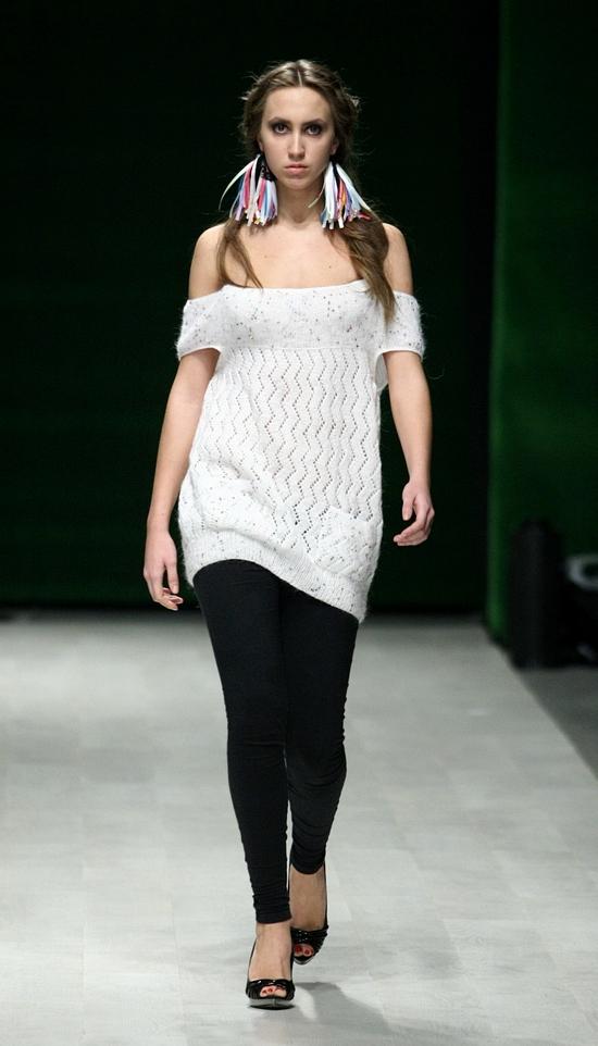 Ivanna Yukhymchuk SS12