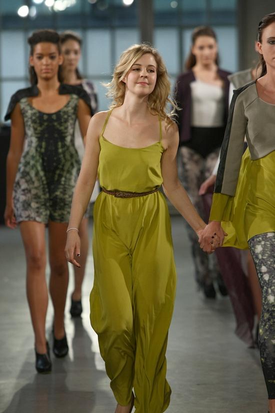 Mode Design Schule Zürich - Diplomschau 2012 - Teil 2