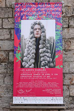 AUSSTELLUNGEN zwischen Kunst und Mode
