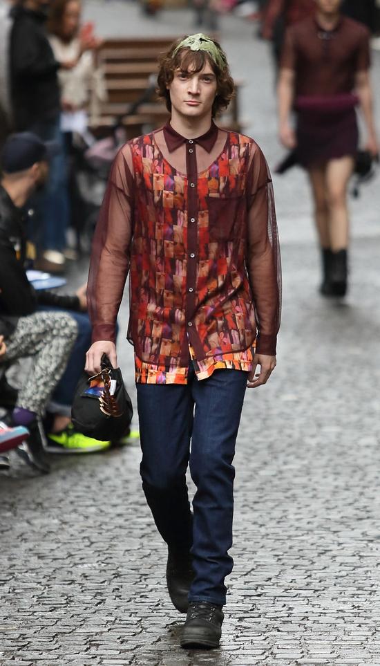 Kann man der Mode überdrüssig werden?