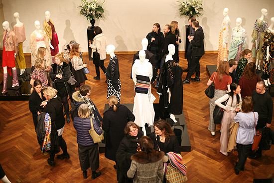 Gruppenausstellung Der Berliner Salon: verdichtete Schlaglichter